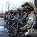 На Днепропетровщине спецназ задержал автобус с подозрительными людьми спортивной внешности
