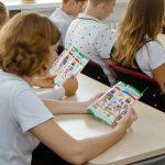 В школах Днепра детей учат сортировать мусор, — ФОТО