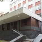 Угроза для детей: жители Днепра просят горсовет отремонтировать крышу в одной из школ