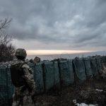 Бойовики обстріляли українських військових біля Новолуганського – Міноборони