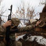 Двоє військових підірвалися на невідомому вибуховому пристрої на Донбасі – ООС