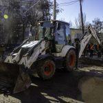 В Днепре продолжили делать ремонты внутриквартальных дорог, — ФОТО