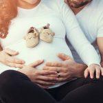 «Пап не ставят ни во что»: днепряне требуют разрешить партнерские роды в период карантина
