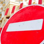 В Днепре на 2 месяца сузят тротуарную часть на улице в центре города: какой и почему