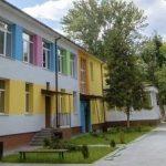 Ярко и необычно:  днепровский садик оформили художники, — ФОТО