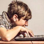Есть ли у днепрян интернет-зависимость, — ОПРОС