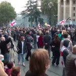 У Грузії тривають протести: опозиція звинувачує владу в фальсифікації виборів (відео)