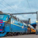 В «Укрзалізниці» попередили, що з 2 листопада припиняють продаж квитків із кількох станцій, у переліку – Ужгород