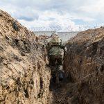 День на фронті: без бойових втрат, вогонь у відповідь на порушення