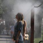 В Україну повертаються зливи та спека