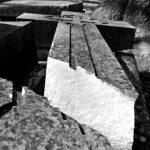 «Бога не существует»: на кладбище Кривого Рога мужчина ломал кресты