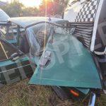 Пострадал ребенок: в Днепре произошло лобовое столкновение между грузовиком и легковым автомобилем