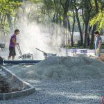 Правоохранители молчат: в Днепре реконструируют сквер у «Дворца Ильича» в обход тендера