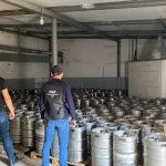 На Днепропетровщине ликвидировали незаконное предприятие по изготовлению алкоголя с главным офисом в Запорожье