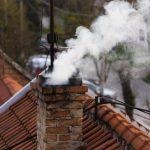 Троє дорослих і троє дітей отруїлися чадним газом у Сумах – поліція