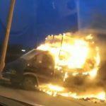 В Днепре посреди набережной загорелась «Газель», — ФОТО